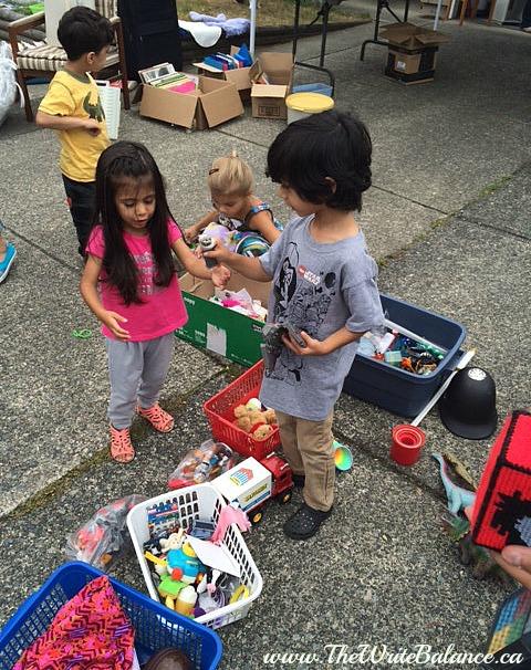kids at garage sale 2014