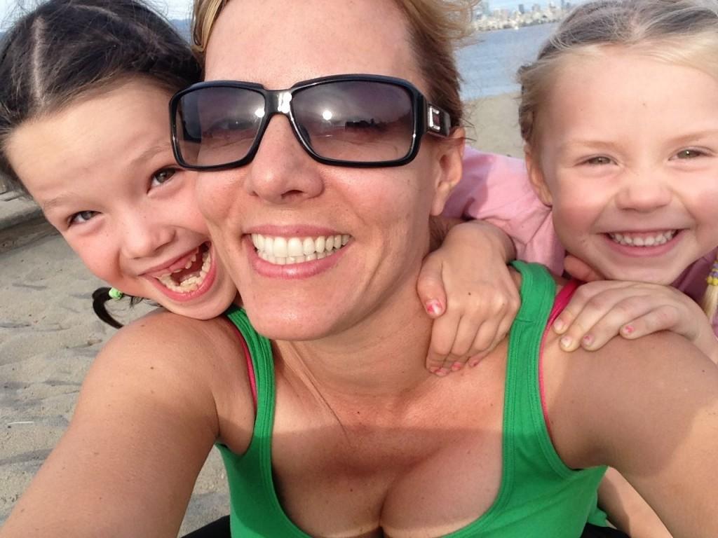 Keri Adams & daughters - smiling
