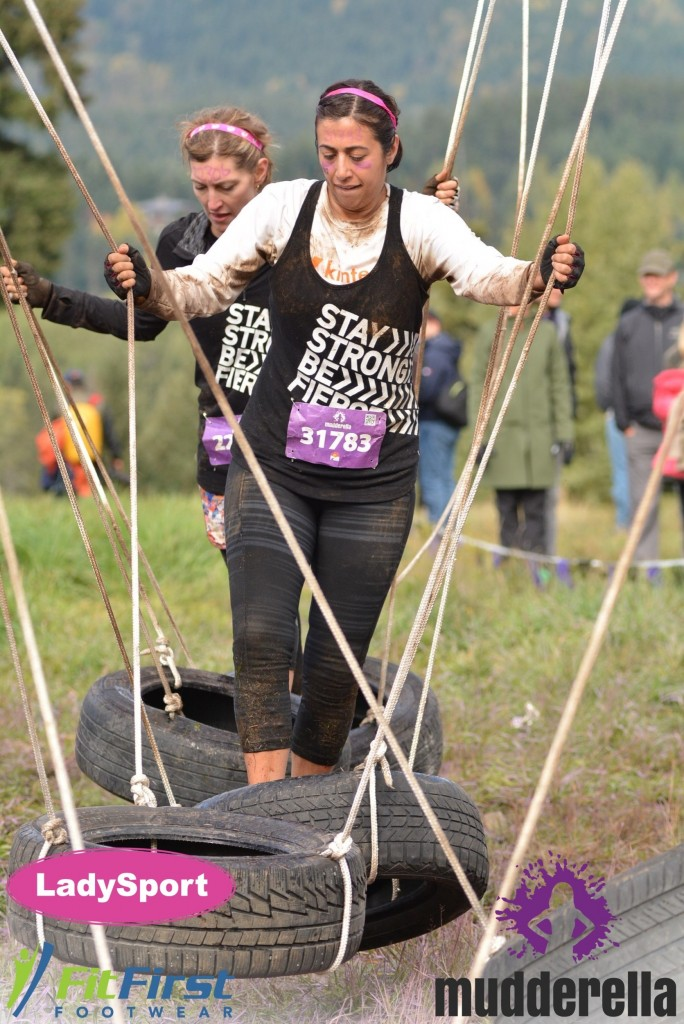 Mudderella 2015 - Tire obstable