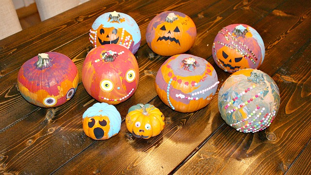 Pumpkin Decorating Party - feature