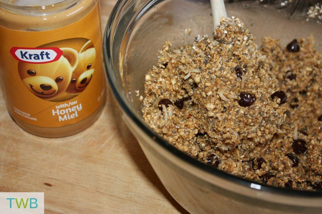 peanut butter energy balls - mixture