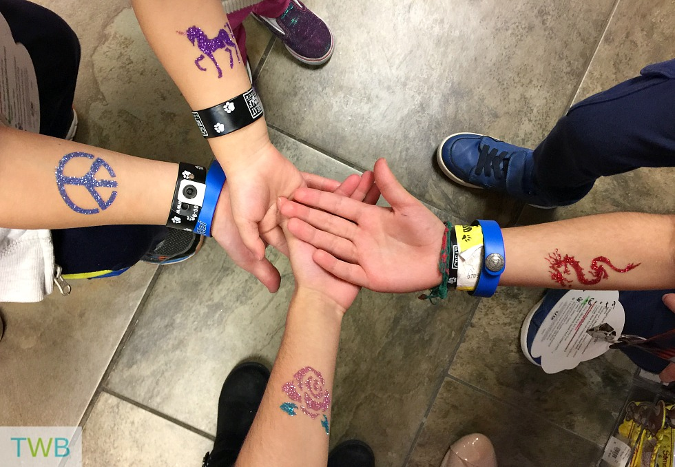 Tips for Great Wolf Lodge -  Glitter Tattos