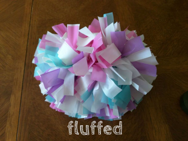 Tips for throwing a kid friendly Super Bowl party - DIY Pom Poms
