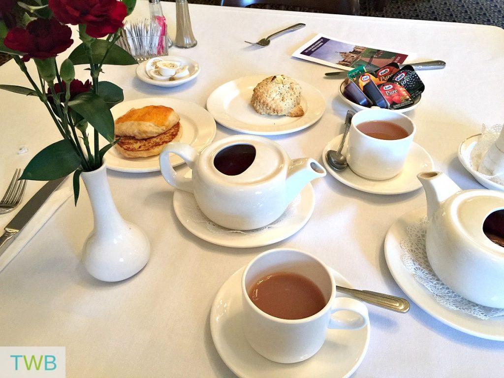 victoria-girls-trip-parliament-breakfast